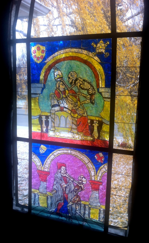 2013-10-26_stained-glass-panels
